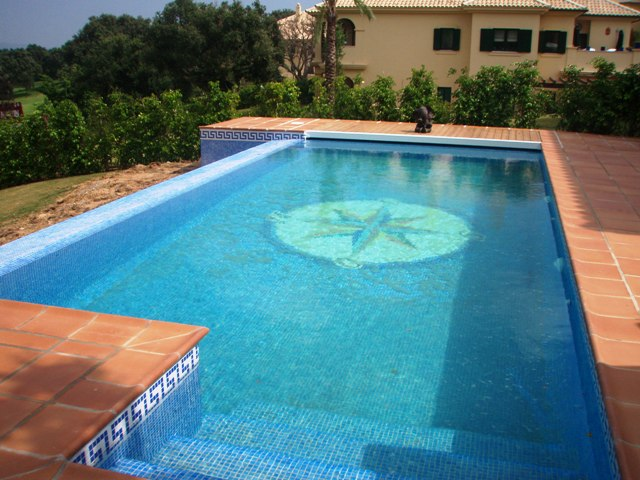 Project 28 Swimming pool San Roque
